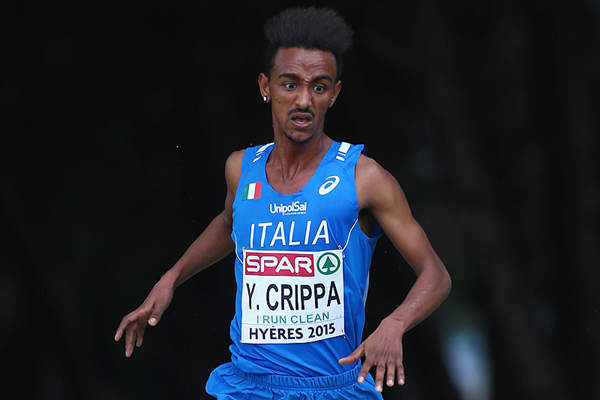 Yemaneberhan Crippa on his way to winning the junior men's race at the 2015 European Cross Country Championships in Hyeres (Getty Images)