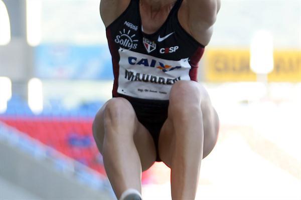Maurren Maggi flies to win in Rio (Wágner Carmo CBAt)