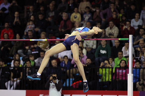 Maria Lasitskene wins the high jump at the IAAF World Indoor Tour meeting in Madrid (Jean-Pierre Durand)