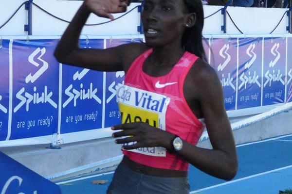Linet Masai taking a big victory in Llodio (Miguel Alfambra)