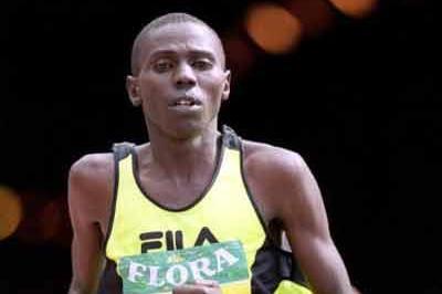 Josephat Kiprono in the 1999 London Marathon (Getty Images)