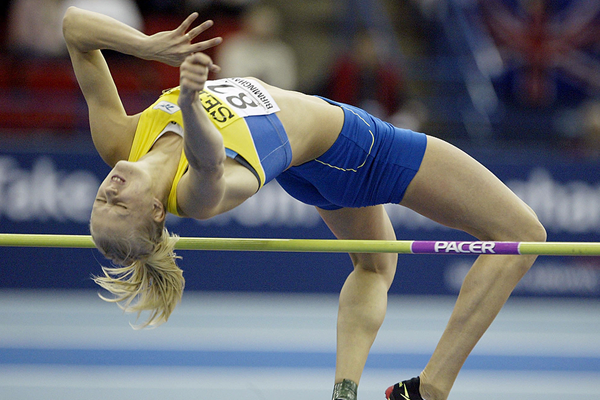 Caroline Kluft in the pentathlon high jump at the 2003 IAAF World Indoor Championships in Birmingham (Getty Images)