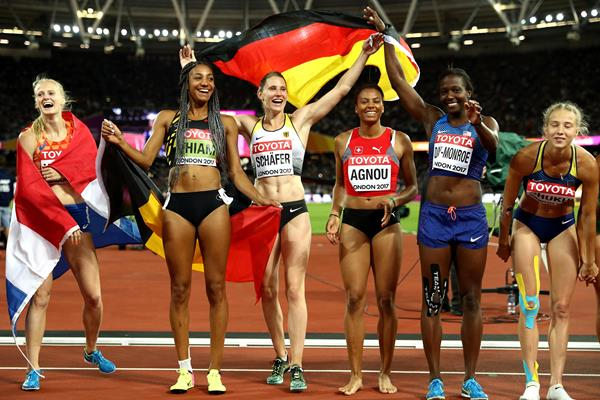 Carolin Schafer of Germany celebrates with other heptathletes at the IAAF World Championships London 2017 (Getty)