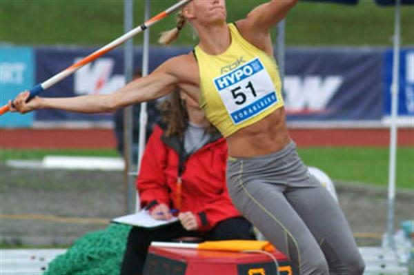 Carolina Klüft unleashing a personal best in the Javelin in Gotzis (Lorenzo Sampaolo)
