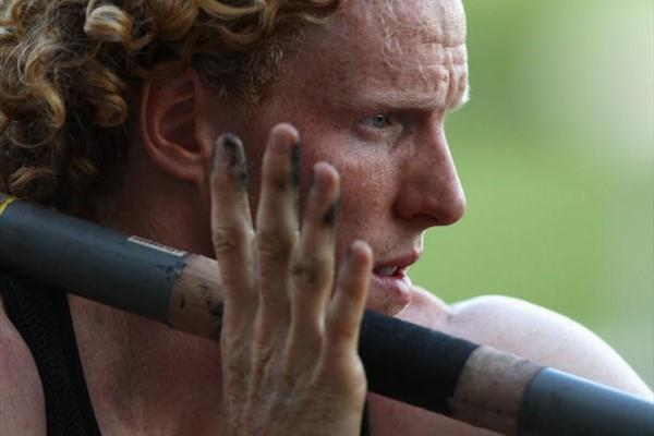 Steve Hooker prepares to vault in Sydney (Getty Images)