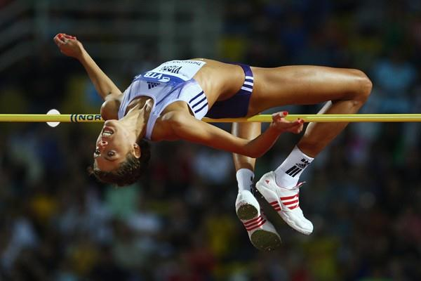 World champion Blanka Vlasic sets a competition record of 2.04m in the women's high jump (Getty Images)