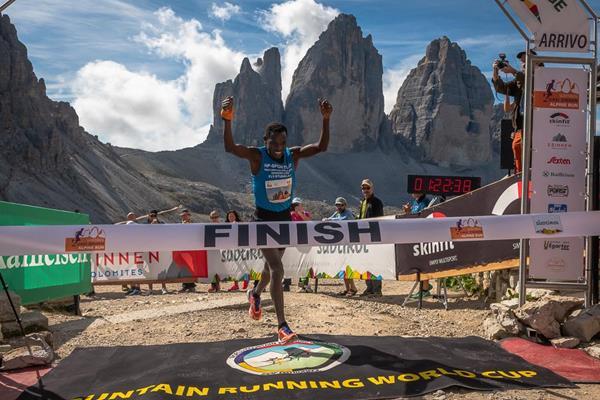 Petro Mamu wins at the DreiZinnen Alpine Run (Marco Gulberti / Corsa in Montagna)