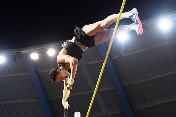 Pole vault winner Timur Morgunov at the IAAF Diamond League final in Brussels (Gladys Chai von der Laage)