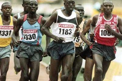 Men's 1500m, Kenyan Olympic trials -  Isaac Songok (1088) holds the curve (Njenga)