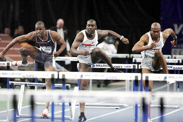 Allen Johnson flies to world season's lead in New York's Millrose Games (Getty Images)