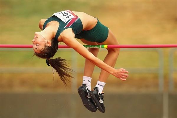 Kaitlin Morgan tops 1.86m at the Australian U18 championships (Getty Images)
