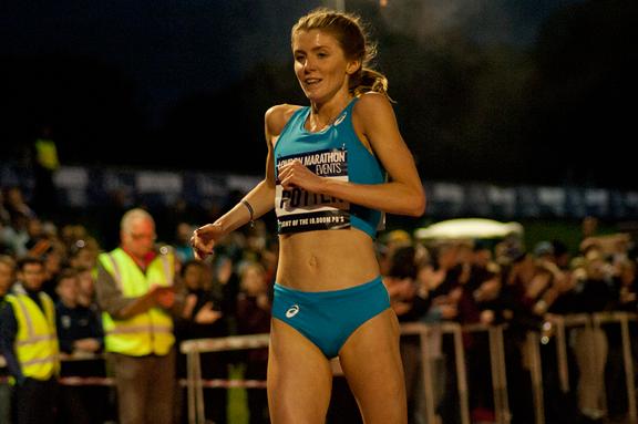 Beth Potter wins the British 10,000m title (Jon Mulkeen)