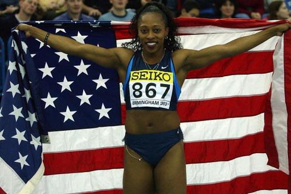 Gail Devers (USA) celebrates winning the women's 60m hurdles final (Getty Images)
