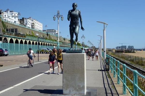 Steve Ovett statue in Brighton (Robin Webster)