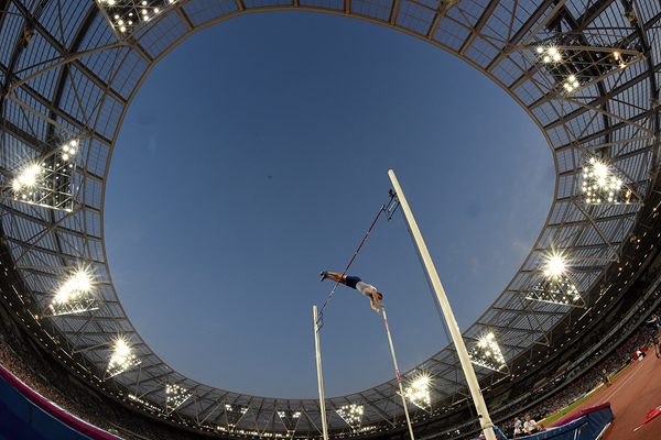 Renaud Lavillenie in the pole vault at the IAAF Diamond League meeting in London (Kirby Lee)