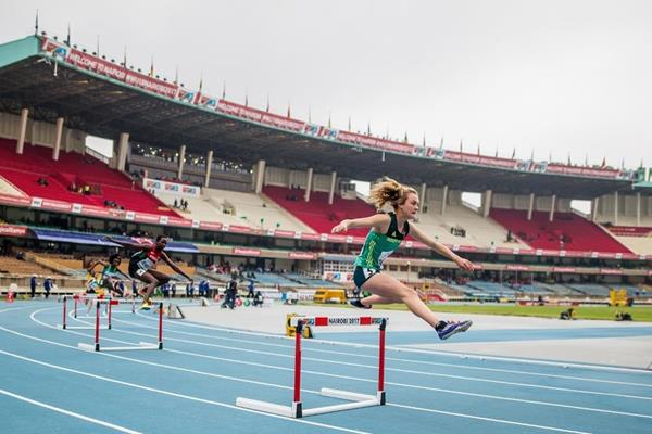 Zeney van der Walt in the girls' 400m hurdles at the IAAF World U18 Championships Nairobi 2017 (Getty Images)