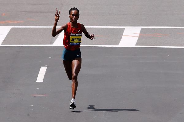 Rita Jeptoo on her way to victory the Boston Marathon (Getty Images)