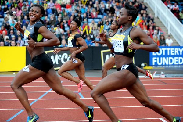 Blessing Okagbare defeats Carmelita Jeter in Crystal Palace (Mark Shearman )