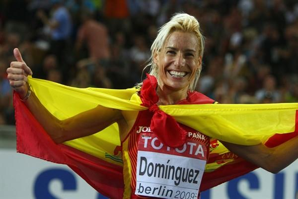 Marta Dominguez of Spainc elebrates winning the gold medal in the women's 3000m Steeplechase final in Berlin (Getty Images)