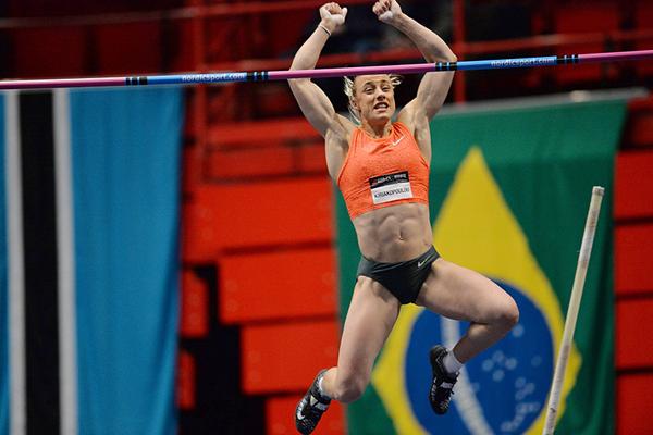 Nikoleta Kyriakopoulou wins the pole vault at the Globen Galan in Stockholm (Hasse Sjogren)