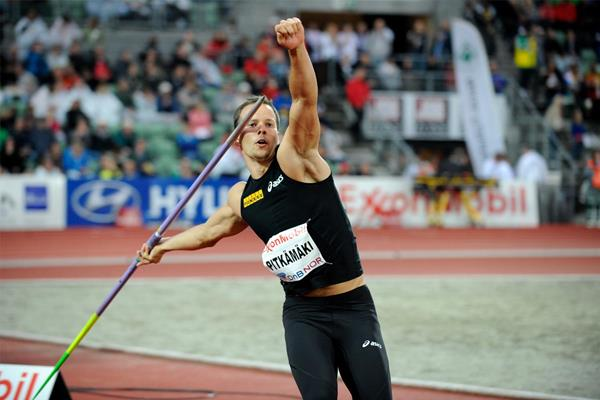 Tero Pitkamaki wins the javelin in Oslo (DECA Text & Bild)