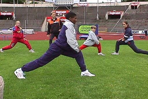 Adidas Kid's Clinic in Oslo with Haile Gebrselassie (© IAAF)