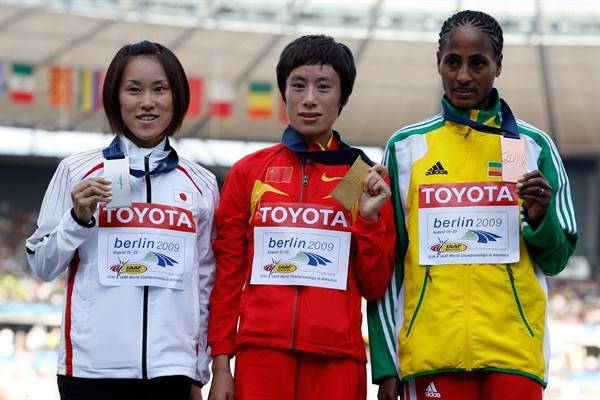 The medallists from the women's Marathon (L-R) Japan's Yoshimi Ozaki (silver), China's Xue Bai (gold) and Ethiopia's Aselefech Mergia (bronze) (Getty Images)
