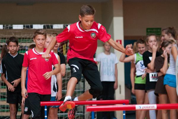 Trying out the hurdles at the athletics camp in Warsaw (Organisers)