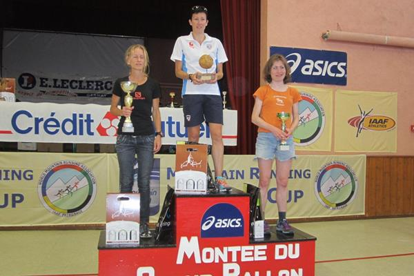 2014 La Montée du Grand Ballon women's podium with winner Valentina Belotti (WMRA)