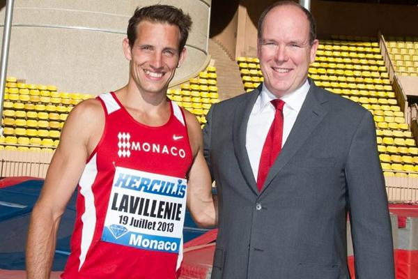 Renaud Lavillenie and H.S.H Prince Albert II of Monaco at the Louis II Stadium  (organisers)
