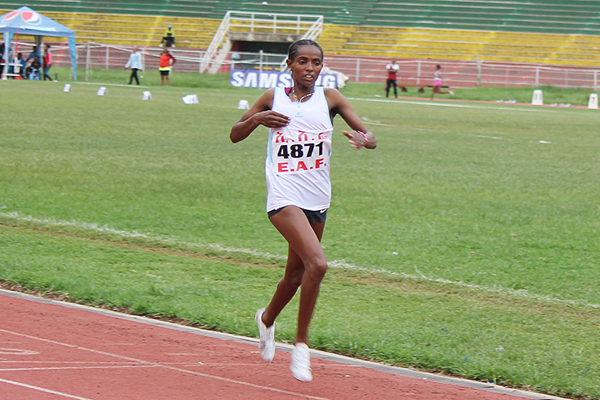 Dera Dida on her way to winning the 5000m at the Ethiopian Championships (Bizuayehu Wagaw)