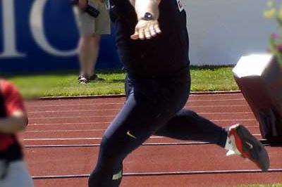 Joachim Olsen of Denmark puts 21.27m in Kuortane (Paula Noronen)