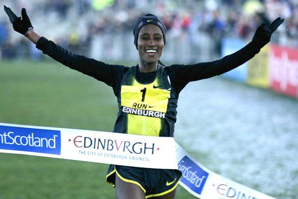 All smiles - third Edinburgh victory for Gelete Burka (Mark Shearman)