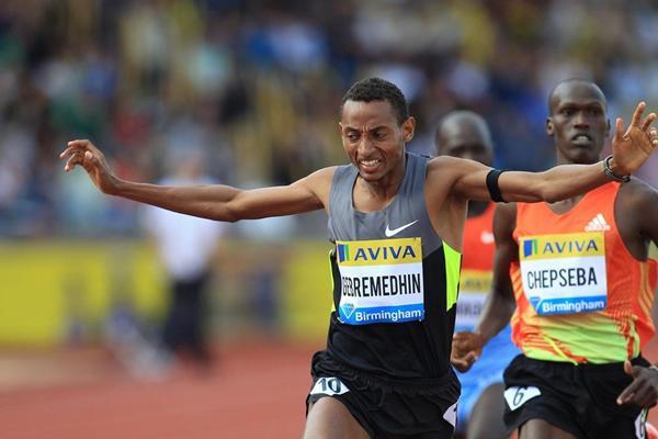 Mekonnen Gebremedhin takes down a strong 1500m field in Birmingham (Jean-Pierre Durand)