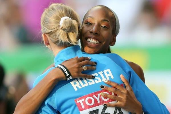 Svetlana Shkolina and Brigetta Barrett in the womens High Jump at the IAAF World Athletics Championships Moscow 2013 (Getty Images)
