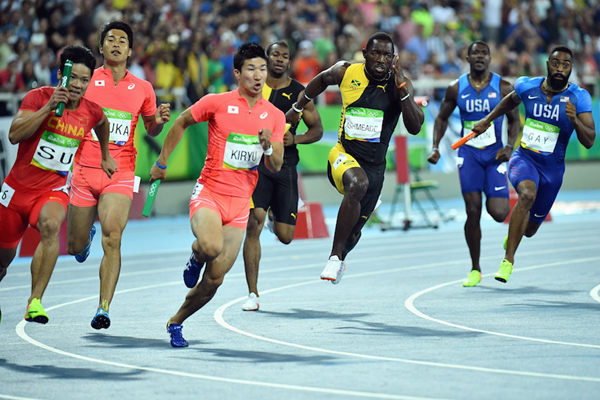 Second baton exchange during the 4x100m finals in Rio (AFP / Getty Images)