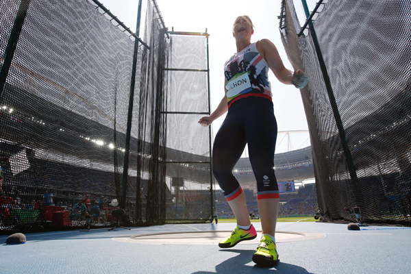 Sophie Hitchon in the hammer at the Rio 2016 Olympic Games (AFP / Getty Images)