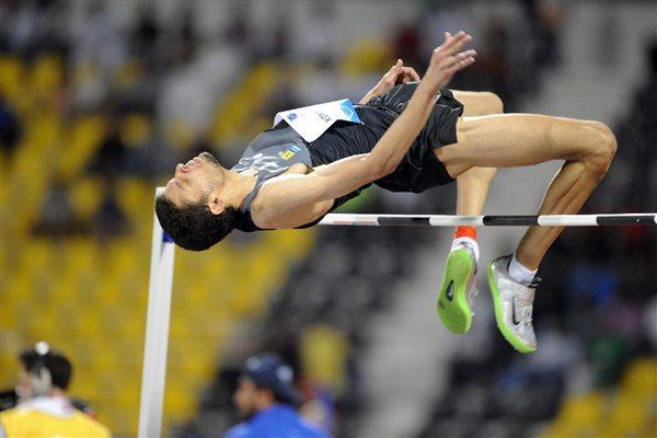 Dimitrios Chondrokoukis jumping at the 2012 Samsung Diamond League in Doha (Jiro Mochizuki)