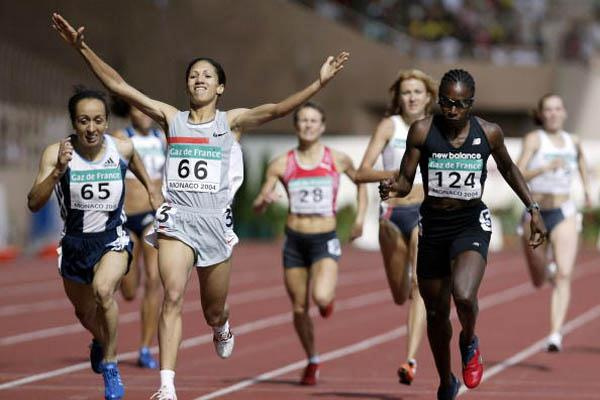 Hasna Benhassi of Morocco wins the 800m at the World Athletics Final (Getty Images)