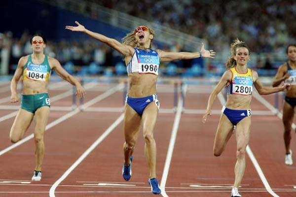 Fani Halkia of Greece wins the 400m Hurdles (Getty Images)
