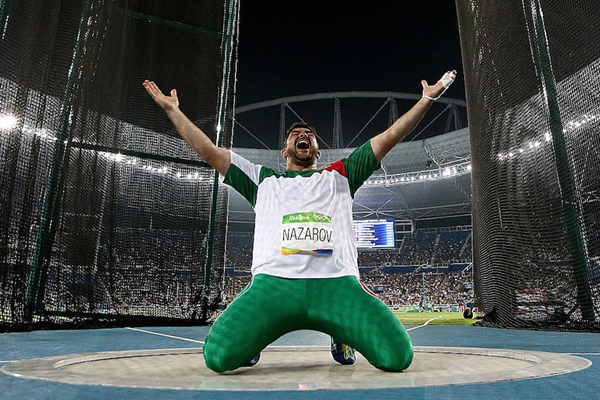 Dilshod Nazarov wins the Olympic hammer title in Rio ()