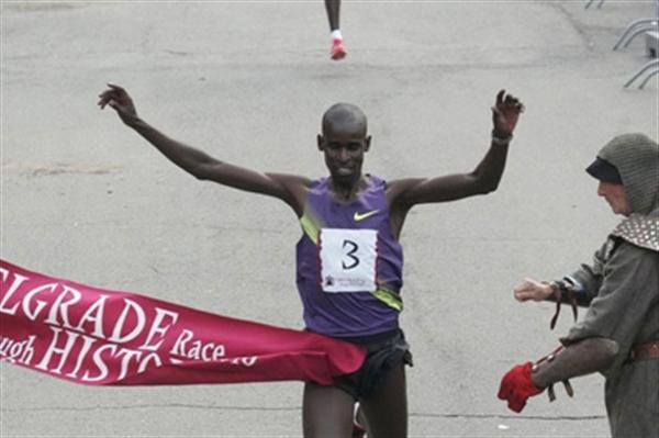 Josphat Menjo of Kenya wins the 2010 Belgrade Race Through History (race organisers)