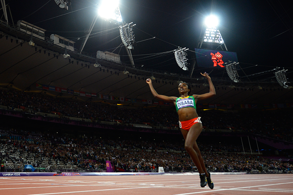 Tirunesh Dibaba wins the 10,000m at the London 2012 Olympic Games (AFP / Getty Images)