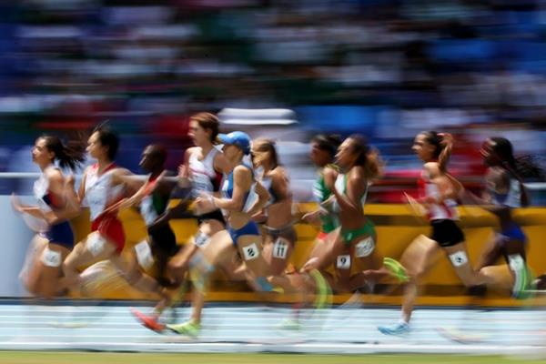 women's 800m heat at the IAAF World Youth Championships, Cali 2015 (Getty Images)