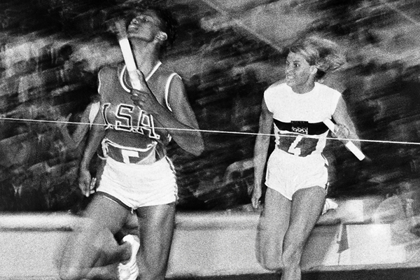 USA's Wilma Rudolph on her way to winning the 4x100m at the 1960 Olympic Games in Rome (AFP / Getty Images)