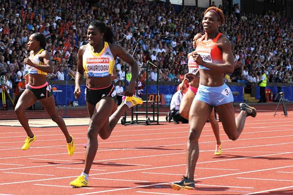 Christine Ohuruogu catches Amantle Montsho on the line in the 400m at the Birmingham Diamond League (Mark Shearman)