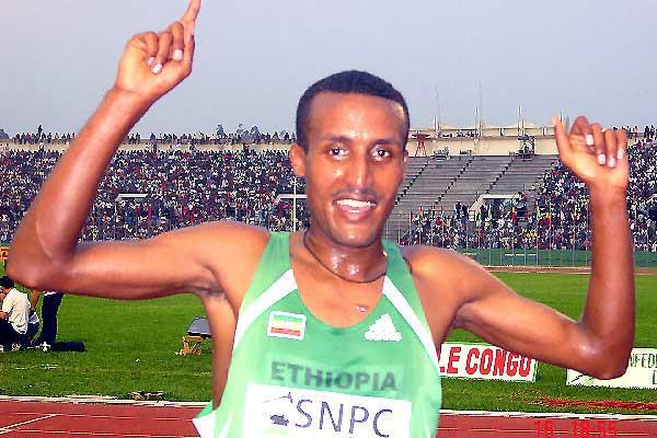Zwedo Maregu (ETH) - men's 5000m winner - Brazzaville (Ouma)