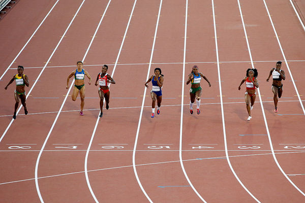 Sherone Simpson (far left) wins the 100m at the Pan American Games (Getty Images)