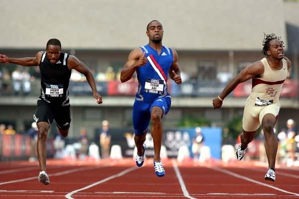 Tyson Gay (c) leads Walter Dix (r) and Darvis Patton (l) in the 100m final in Eugene (Getty Images)