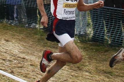 German Fernandez running in the junior race at the World XC in Edinburgh (AFP / Getty Images)